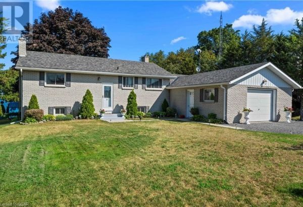 263 PRINYERS COVE CRESCENT, Prince Edward County****SOLD****