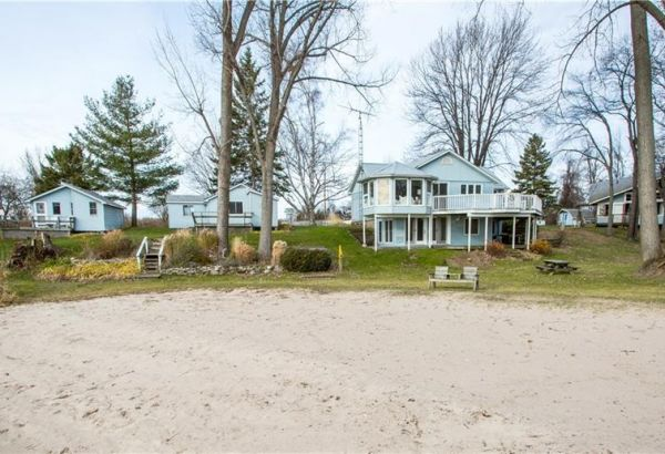 65 WELLS Lane, Prince Edward County