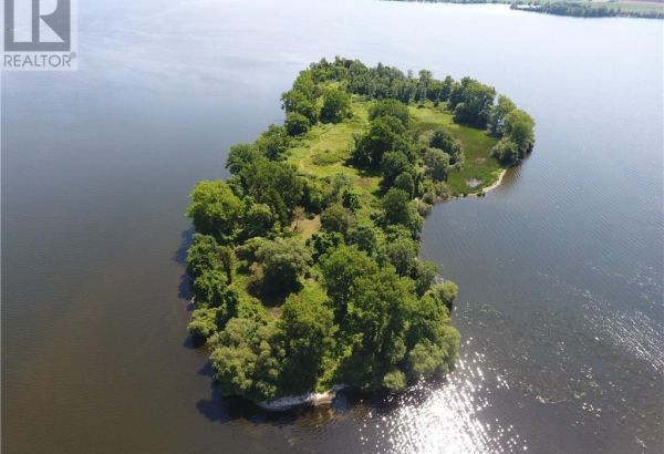 0 GRAPE Island, Prince Edward County