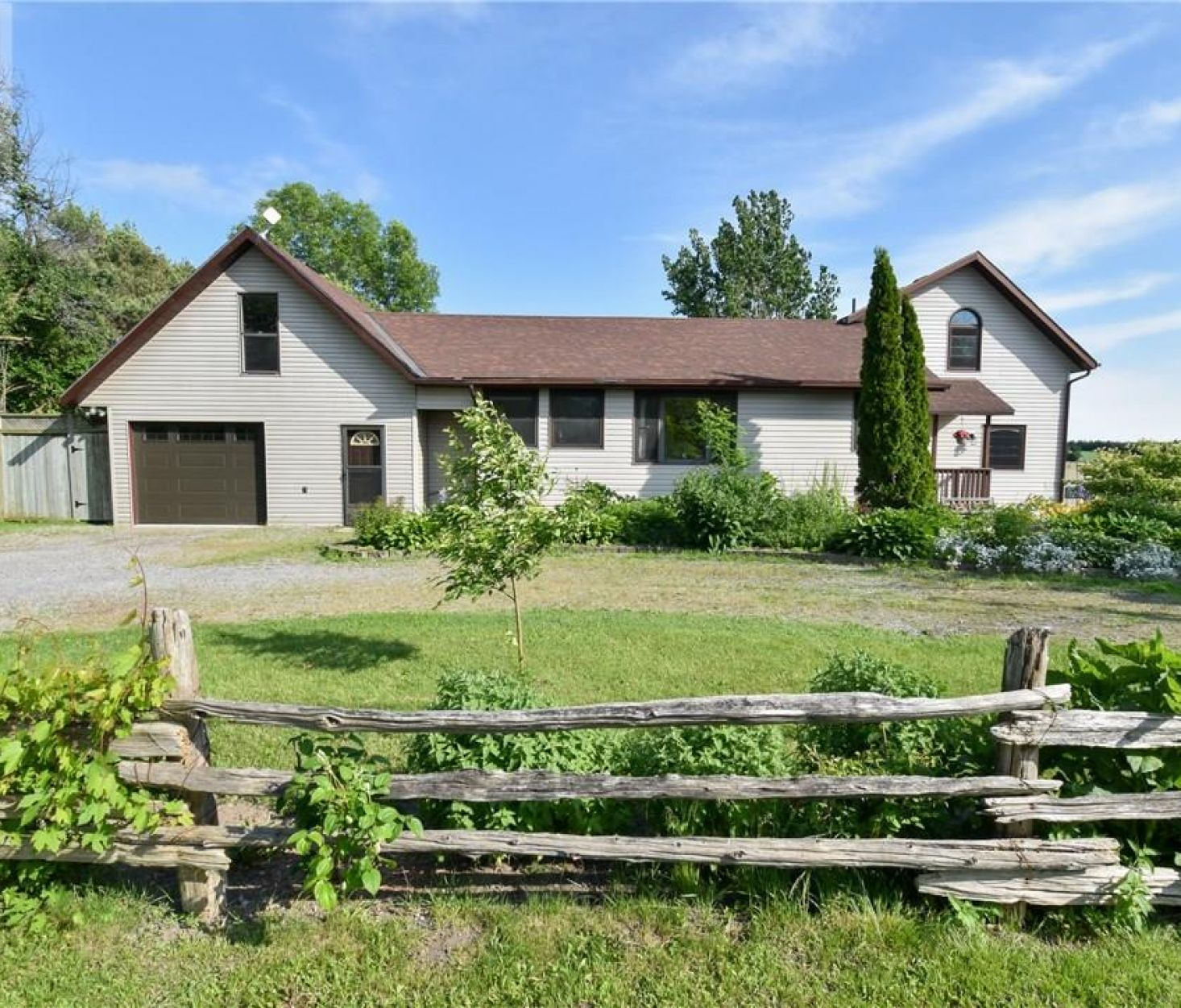 432 MASSASSAUGA ROAD, Prince Edward County***SOLD***