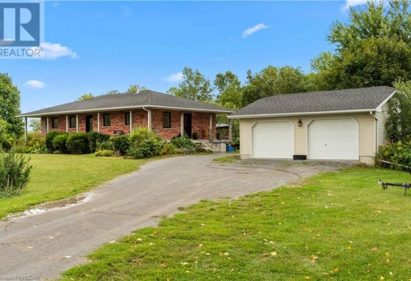 15519 LOYALIST PARKWAY, Prince Edward County****SOLD****